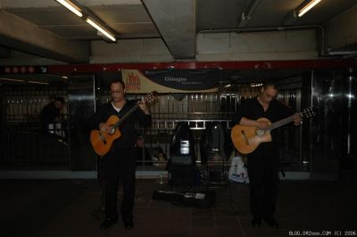 Subway Guitarists