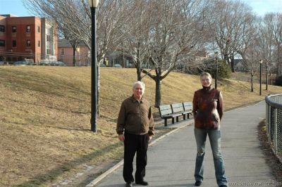 Папа и Алёна в парке