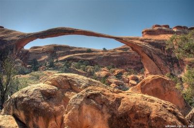 Landscape Arch is the longest natural arch in the world.