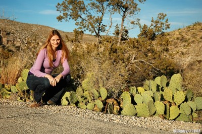 Alёna with a nice prickly pear cactus in Carlsbad Caverns NP.