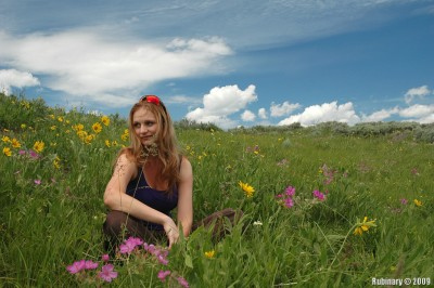 Alёna on the flower field.