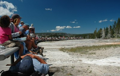 People waiting for Grand Geyser to go off.