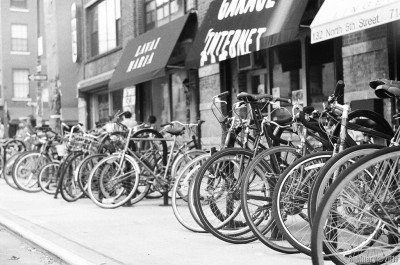 Williamsburg bicycles.