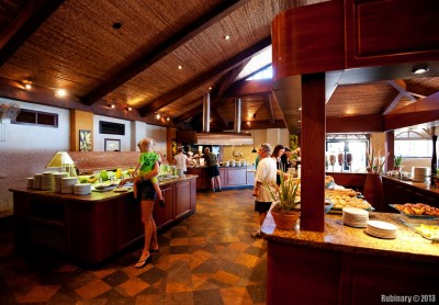 Main buffet-restaurant.
