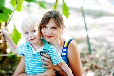 Ароша с мамой.