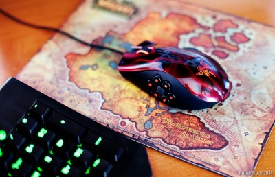 Razer Naga Hex mouse.