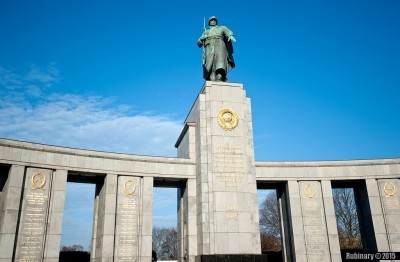 Monument to Soviet soldiers.