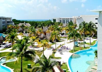 Paradisus La Esmeralda resort.