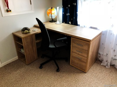 And then he got a desk. This one also came from WayFair, but we have zero complains. Its price was good, the desk is nice. Anna has got the same one, only in white.