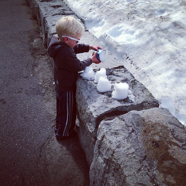 Snow Cakes (via Instagram)