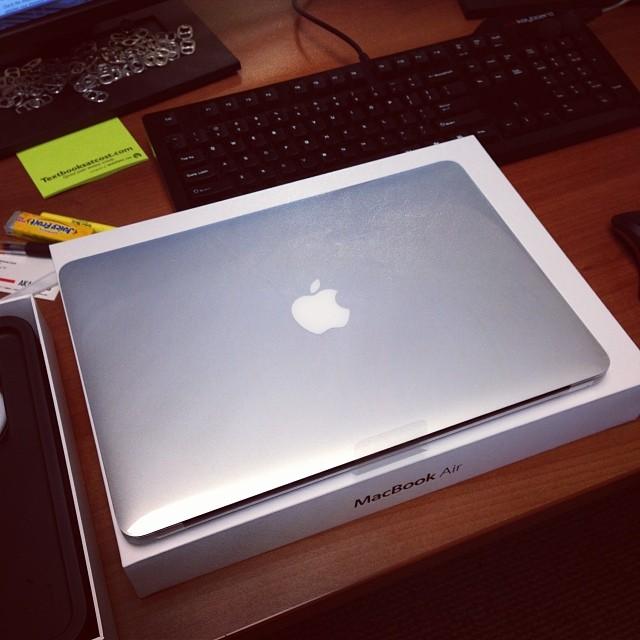 MacBook Air (via Instagram)
