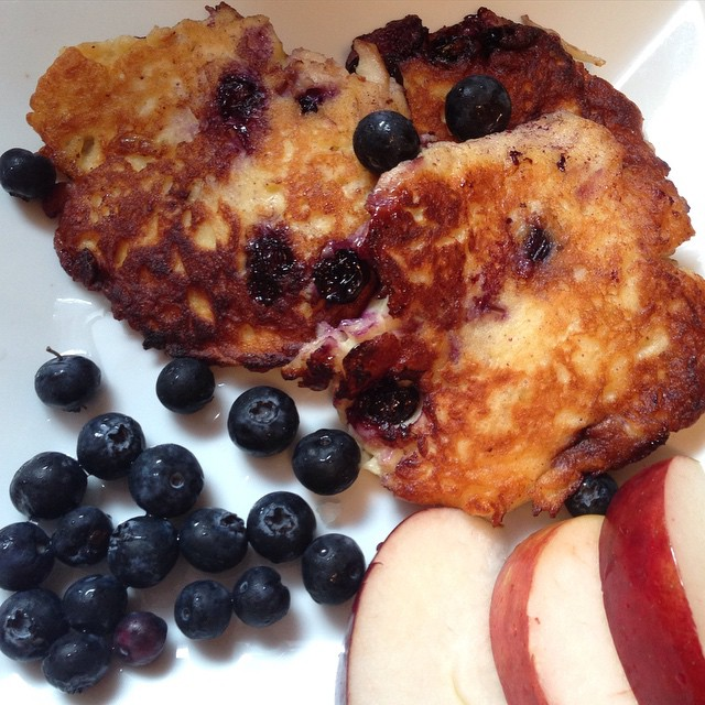 Apple blueberry pancakes