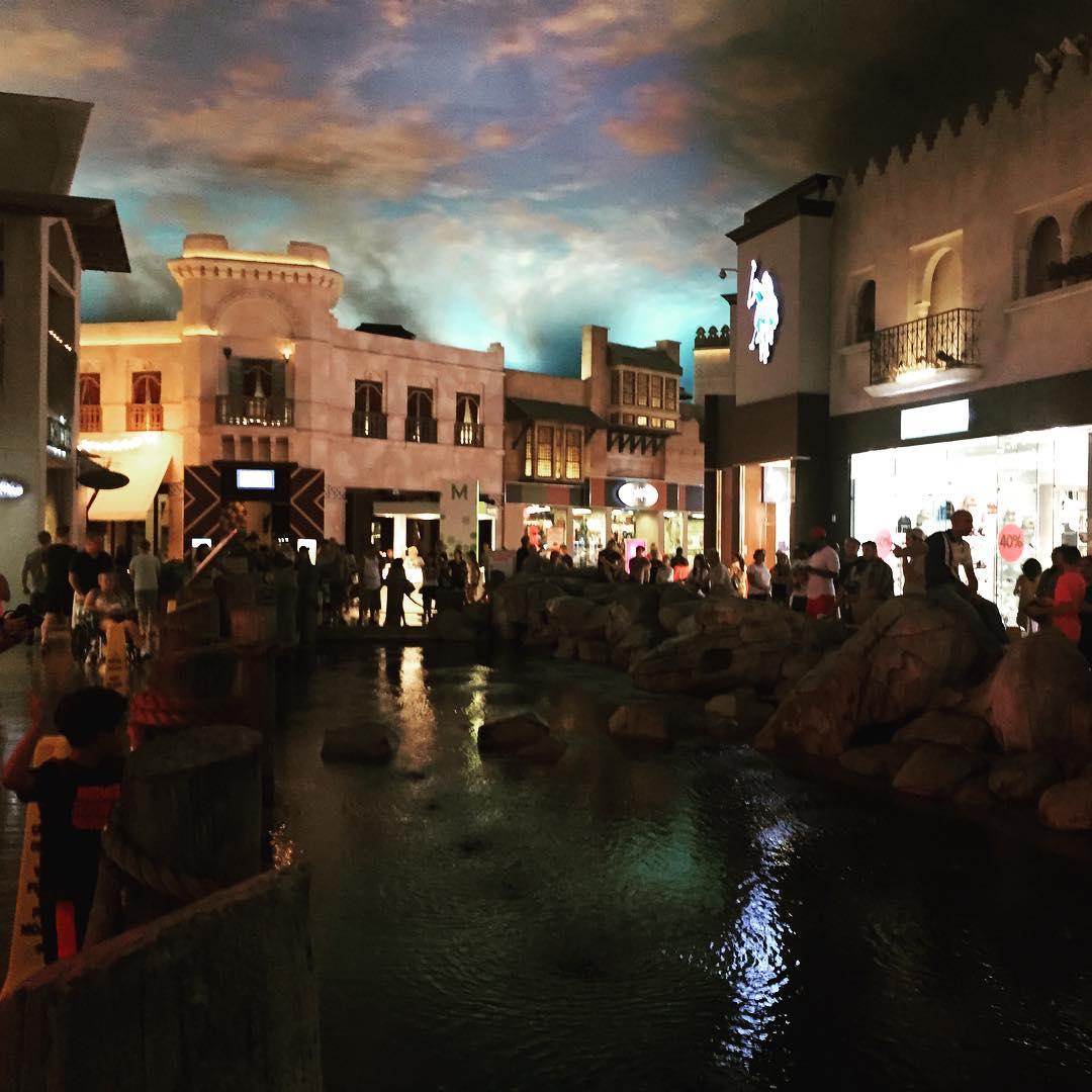 Rain at Aladdin