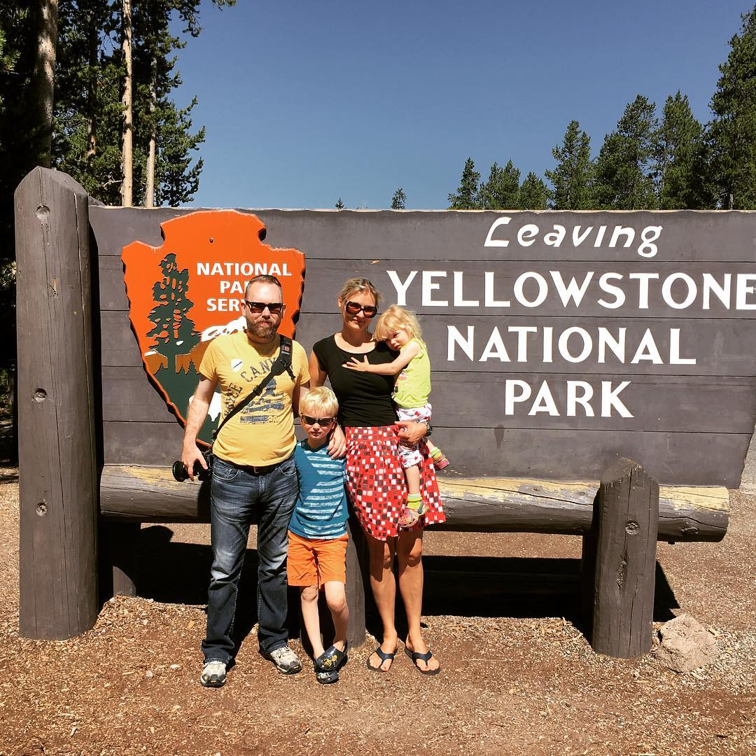 Yellowstone NP Sign
